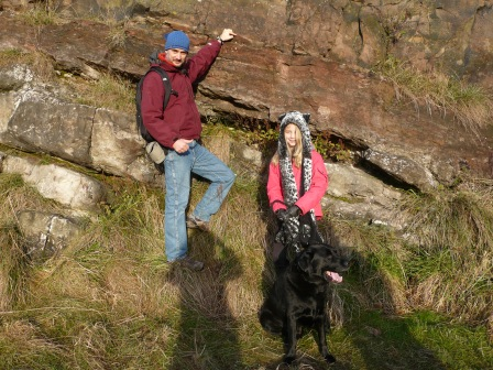 I'm pointing to the famous point of contact between the two rock types. Ably assisted by Rocky (yes, a geological dog) and Kathy.