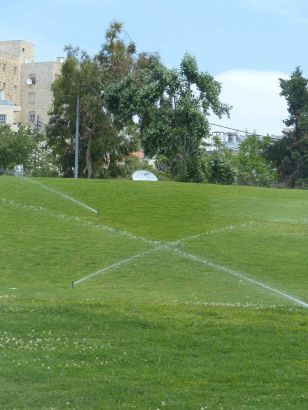 sprinklers-in-west-jerusalem